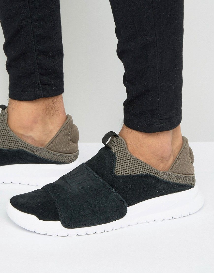 c008b84c4c0 Get this Nike s sneakers now! Click for more details. Worldwide shipping. Nike  Benassi