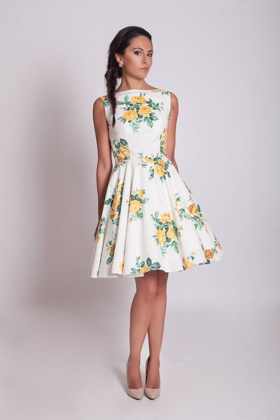 50s inspired yellow roses knee length floral dress with circle skirt ...