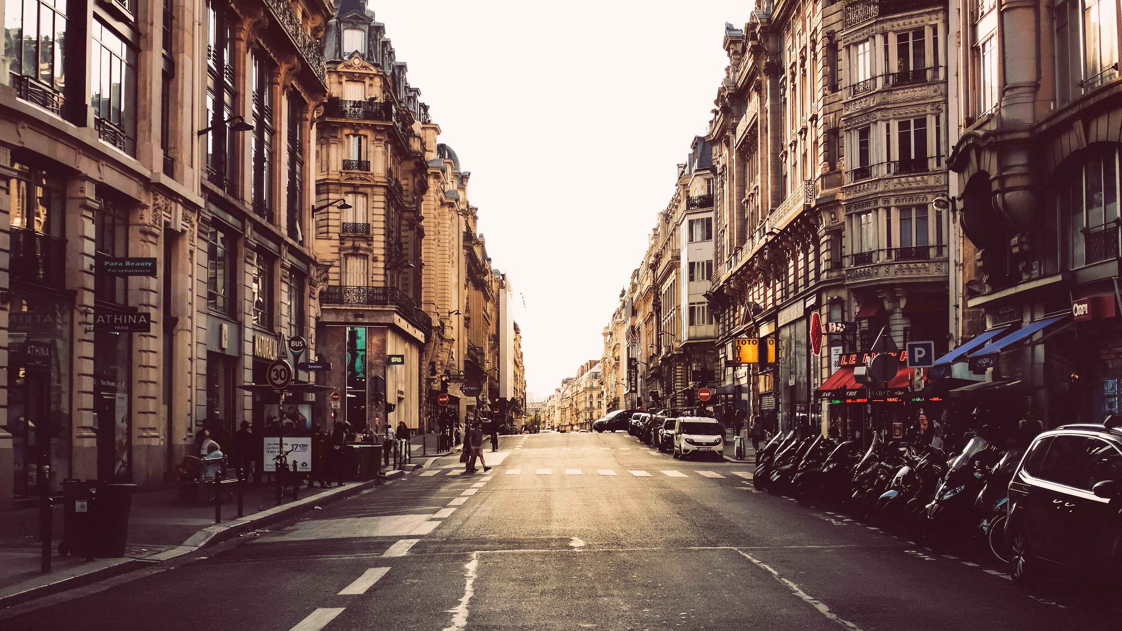 Street Urban Cityscape City Photography Road Paris 4k Wallpaper Hdwallpaper Desktop In 2020 Cityscape Cityscape Photography Paris Wallpaper