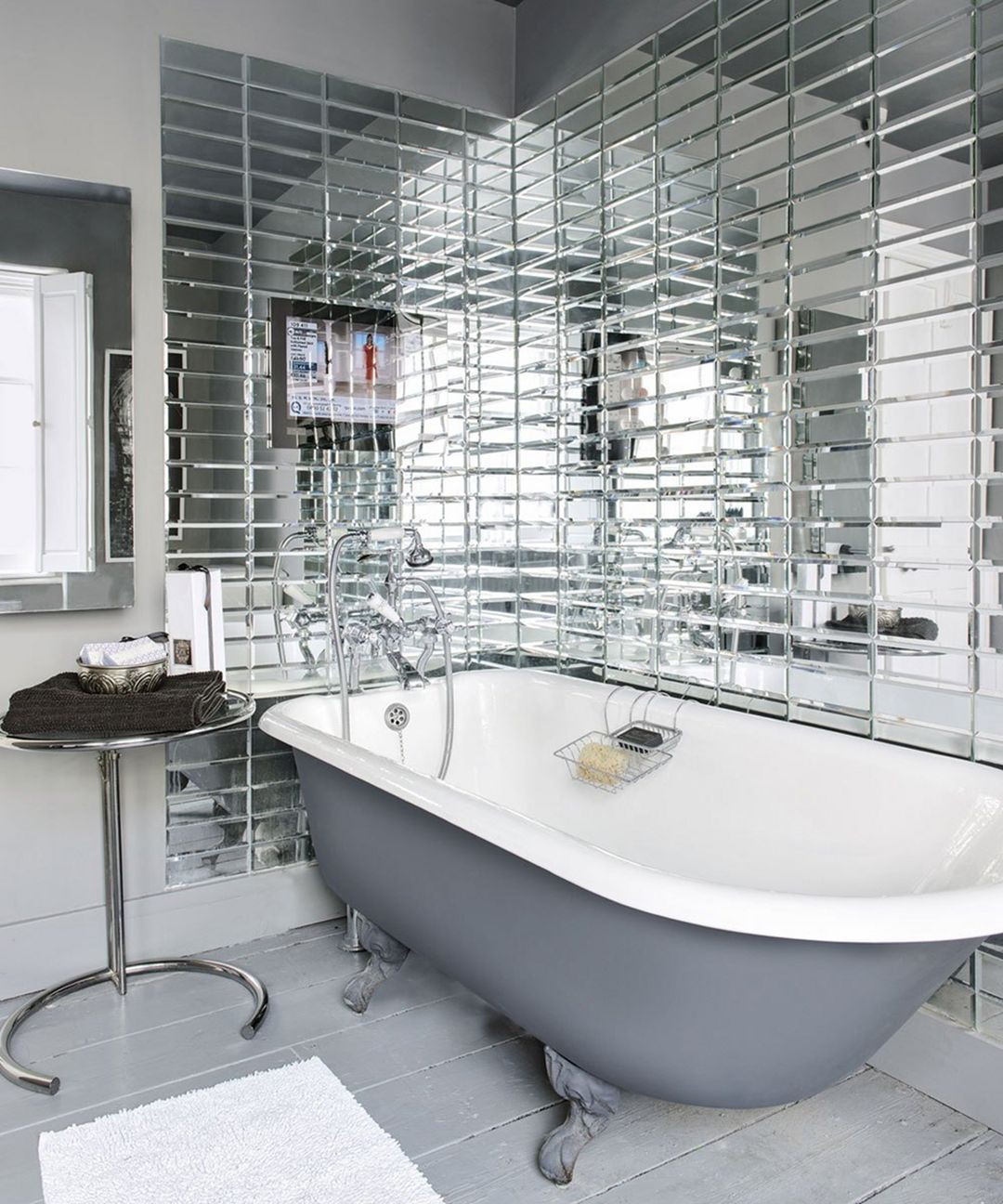 Gorgeous 25 Mirror Bathroom Tiles Ideas