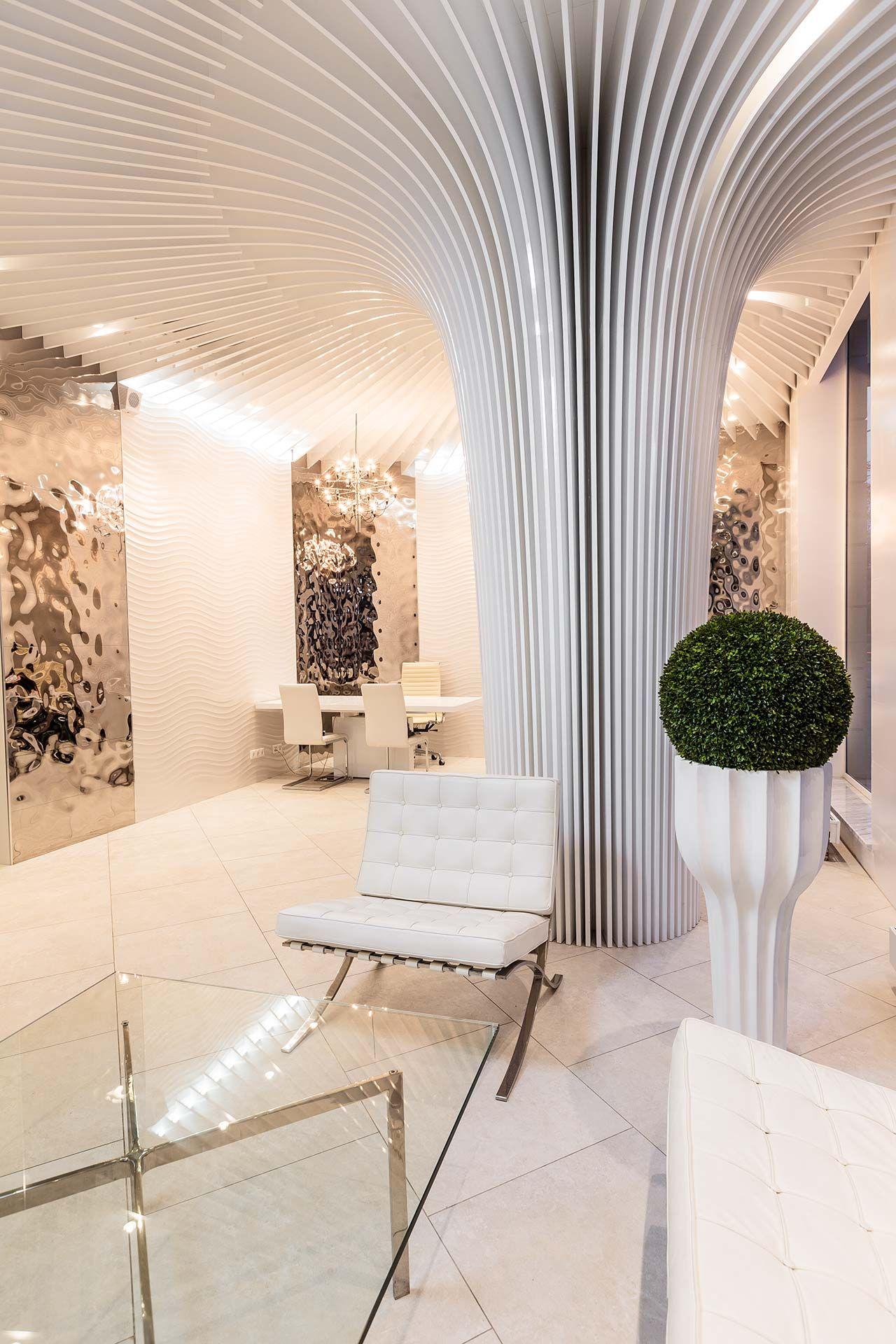 El arquitecto Alesandr Andréevich ha contado con distintas empresas ...