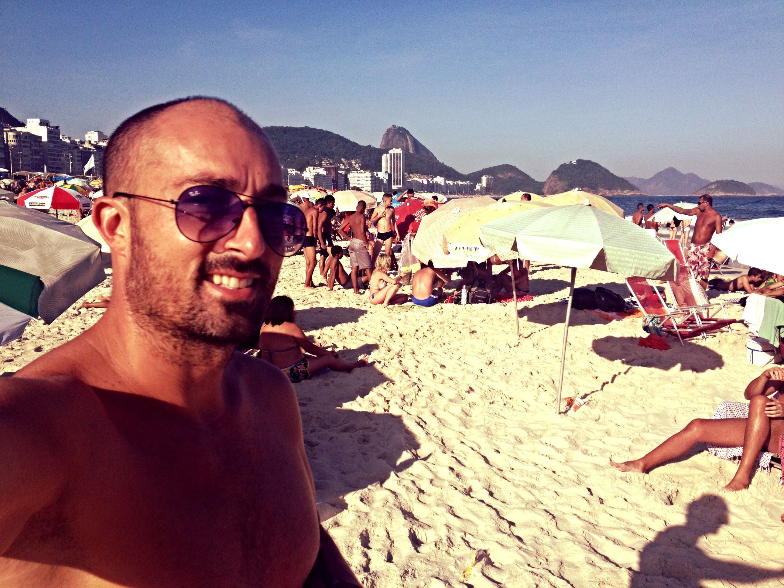 Yesterday was another holiday in Brazil. What does your midweek look like?  Ontem foi mais um feriado no Brasil. Qual é o seu meio de semana se parece? #brazil #rio #beach #paradise #youshouldbehere #ysbh