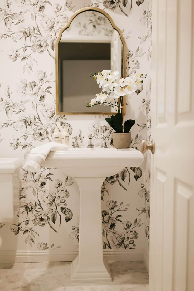Our Guest Bathroom Makeover Reveal | M Loves M