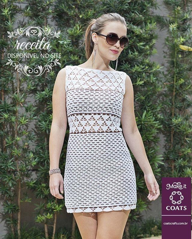 O crochê é mesmo surpreendente! Esse vestido, feito com a linha Camila Fashion, é de encher os olhos, né?  Receita da peça? Tem SIM! Faça já o seu: https://goo.gl/5Wgvuy  #CoatsCorrenteBrasil #MakeItCoats