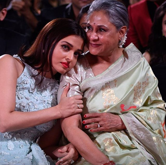 Aishwarya Rai And Her Mother In Law Jaya Bachchan Aishwarya Rai Pictures Aishwarya Rai Bollywood Celebrities