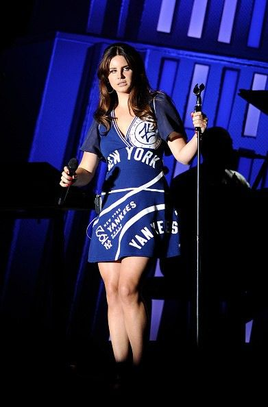 Lana performing at 'The Governor's Ball Festival', New York (Jun. 07, 2015) #TheEndlessSummerTour
