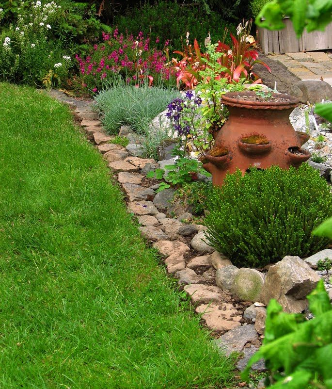Small Trees For Borders: Rockery On Flat Ground - Google Search