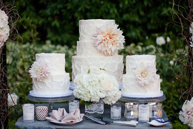 Buttercream Frosted Wedding Cake With Simple Decoration Of