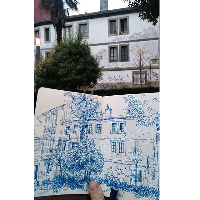 #sketching in #lacoruña #españa #dibujo #richhindsketchbook
