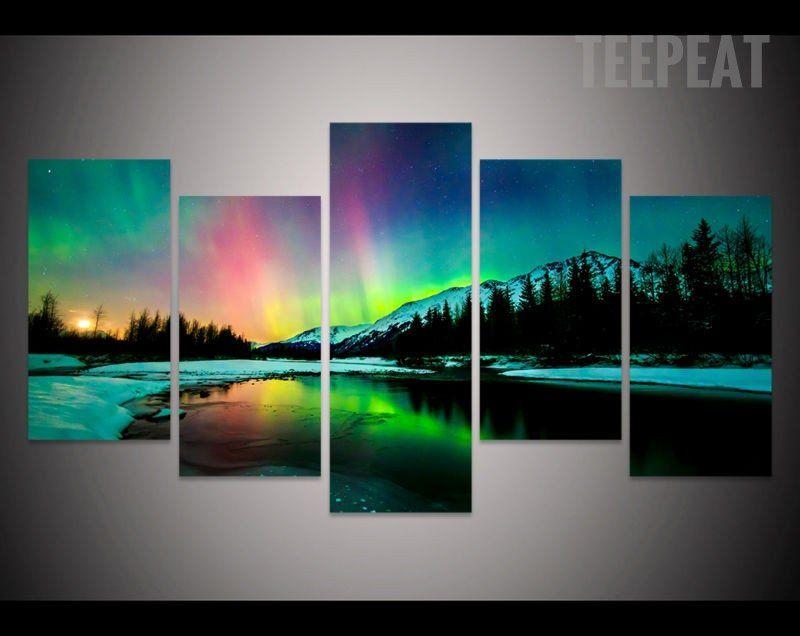 Aurora Borealis Over The Mountain 5 Piece Canvas