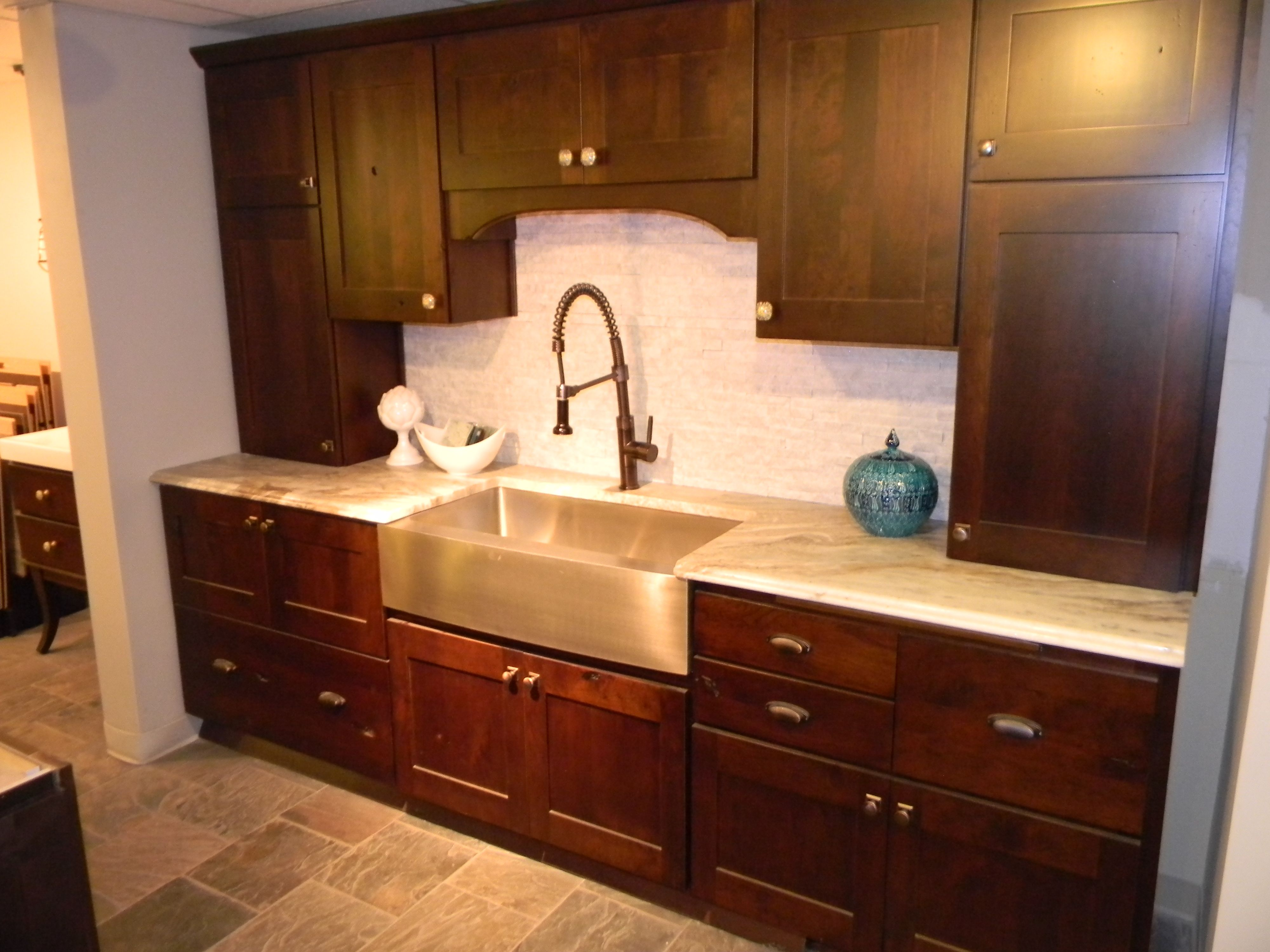A Beautiful Kitchen Piece From Our Showroom In Nashville Tennessee Granite Countertops Remodel Kitchen Design Countertops Granite Quartz Countertops