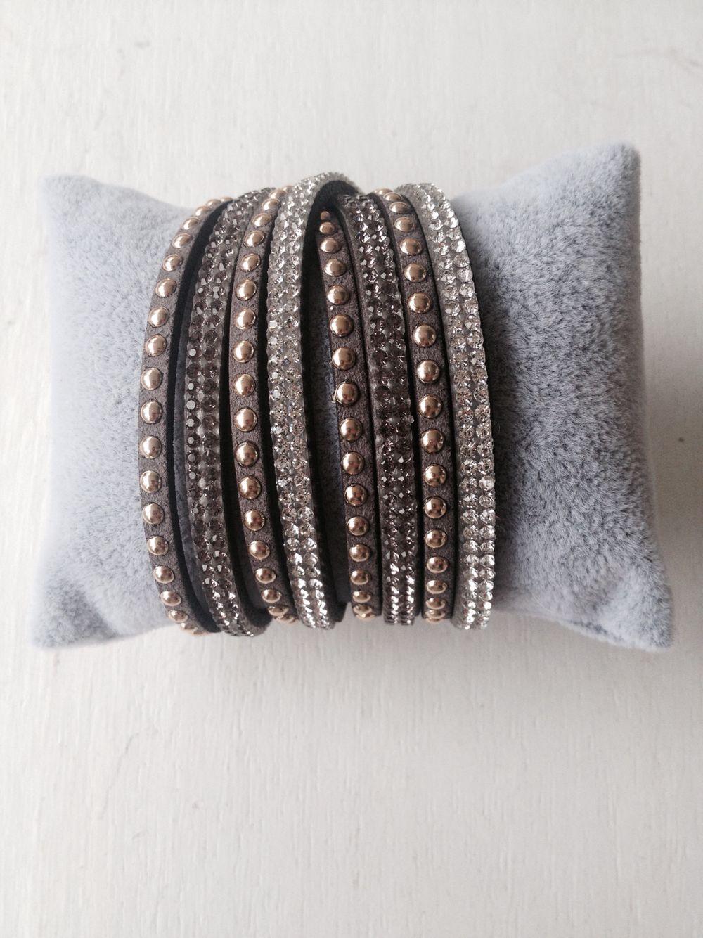 Nice lether bracelet. www.ellja.no