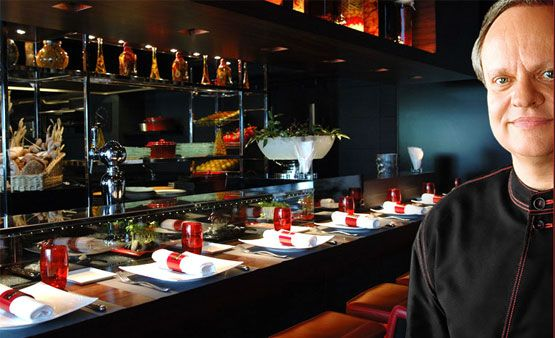 Joel Robuchon Has A Simple Concept And A Recipe For Success An Exceptional 2 Star Cuisine In A Friendly And Refined At Joel Robuchon Atelier Cuisine