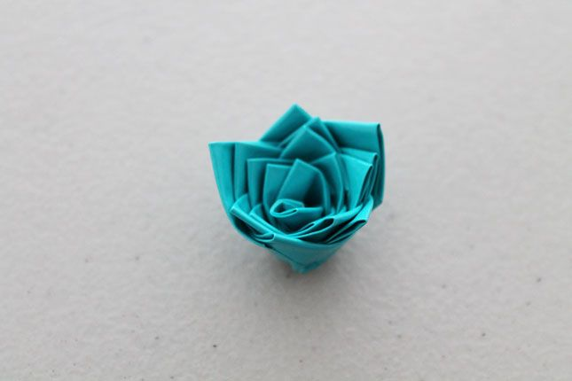 How to Create Rosette Accessories Using Duct Tape via Brit + Co.