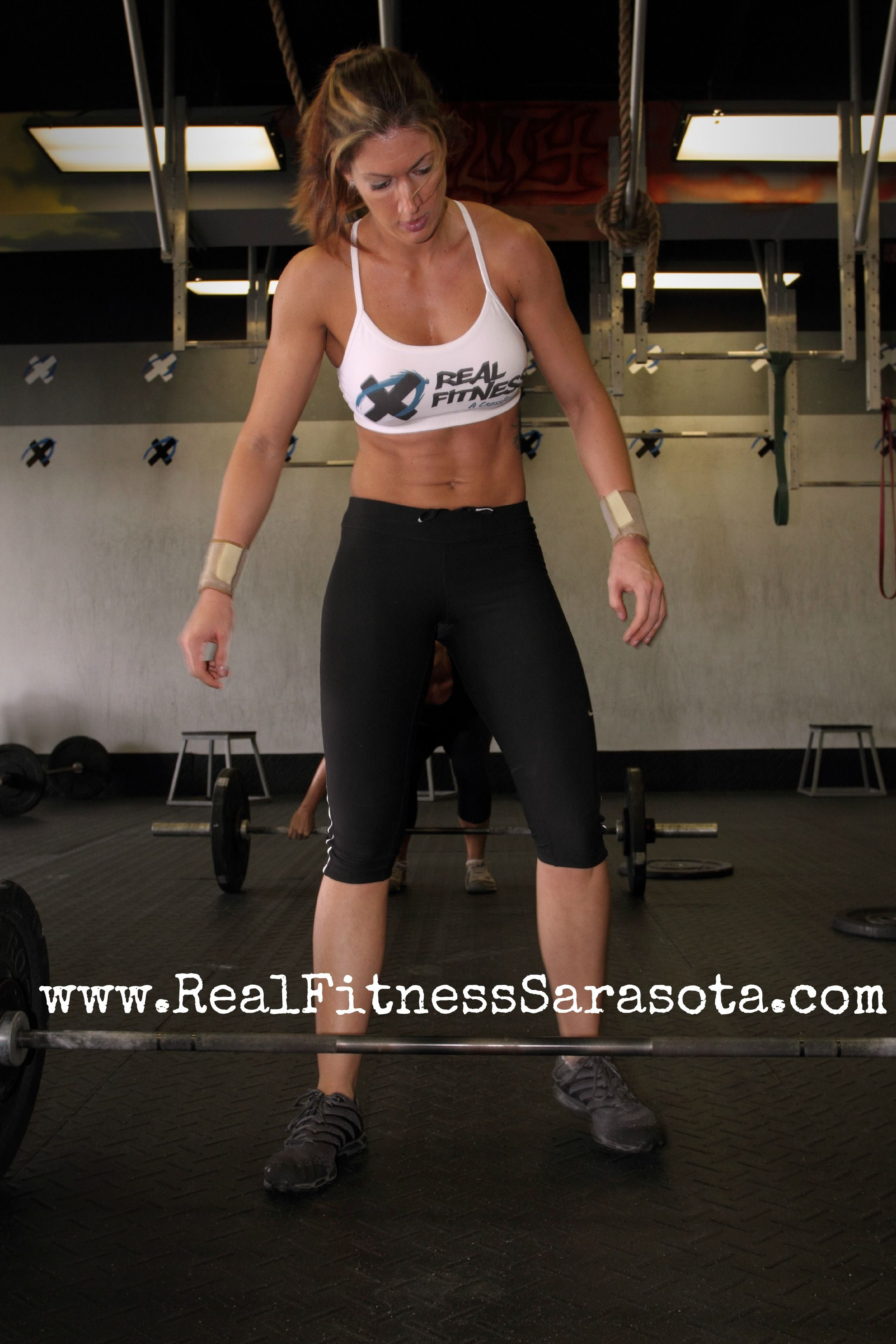 Www Realfitnesssarasota Com My Amazing Cousin Tanya One Of The Coaches Owners At Real Fitness Sarasota Crossfit Gym Crossfit Workouts Crossfit Gym Fitness