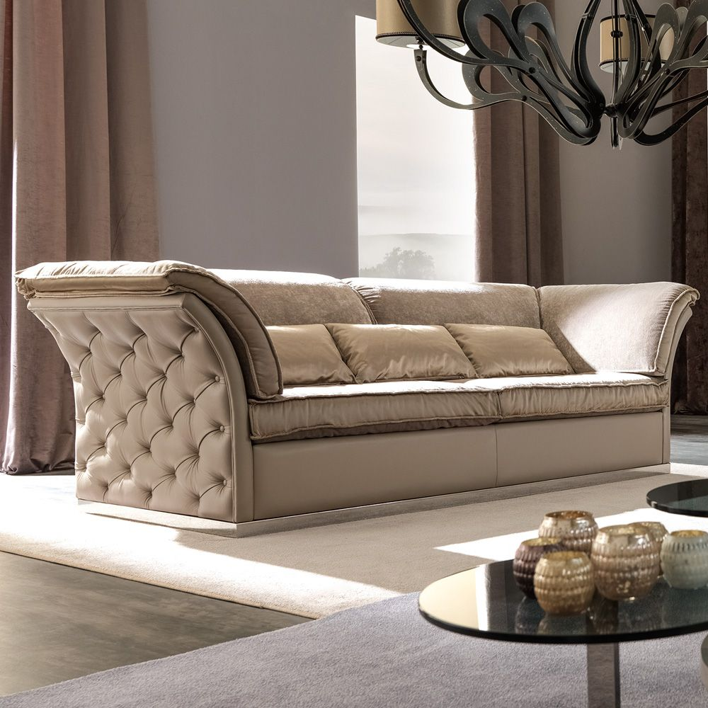 Italian Designer Leather Button Upholstered Sofa Juliettes Interiors In 2020 Luxury Leather Sofas Upholstered Sofa Luxury Sofa