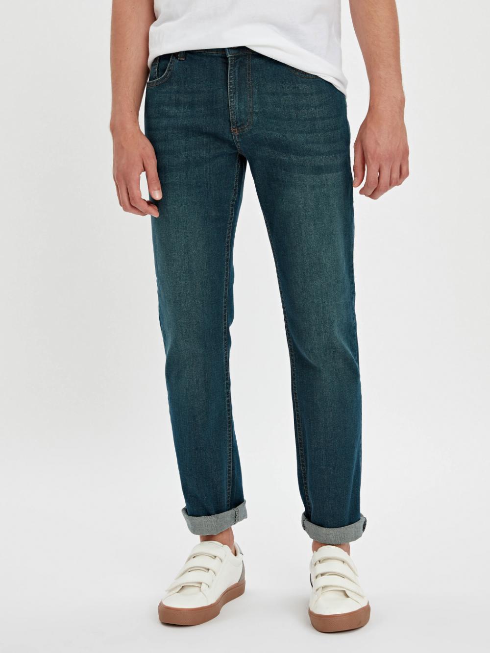 خرید اینترنتی شلوار لی مردانه استاندارد فیت Levi Jeans Levi Pants