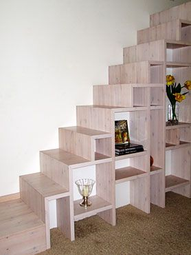 treppenregal kiss room pinterest treppe dachboden i raum. Black Bedroom Furniture Sets. Home Design Ideas