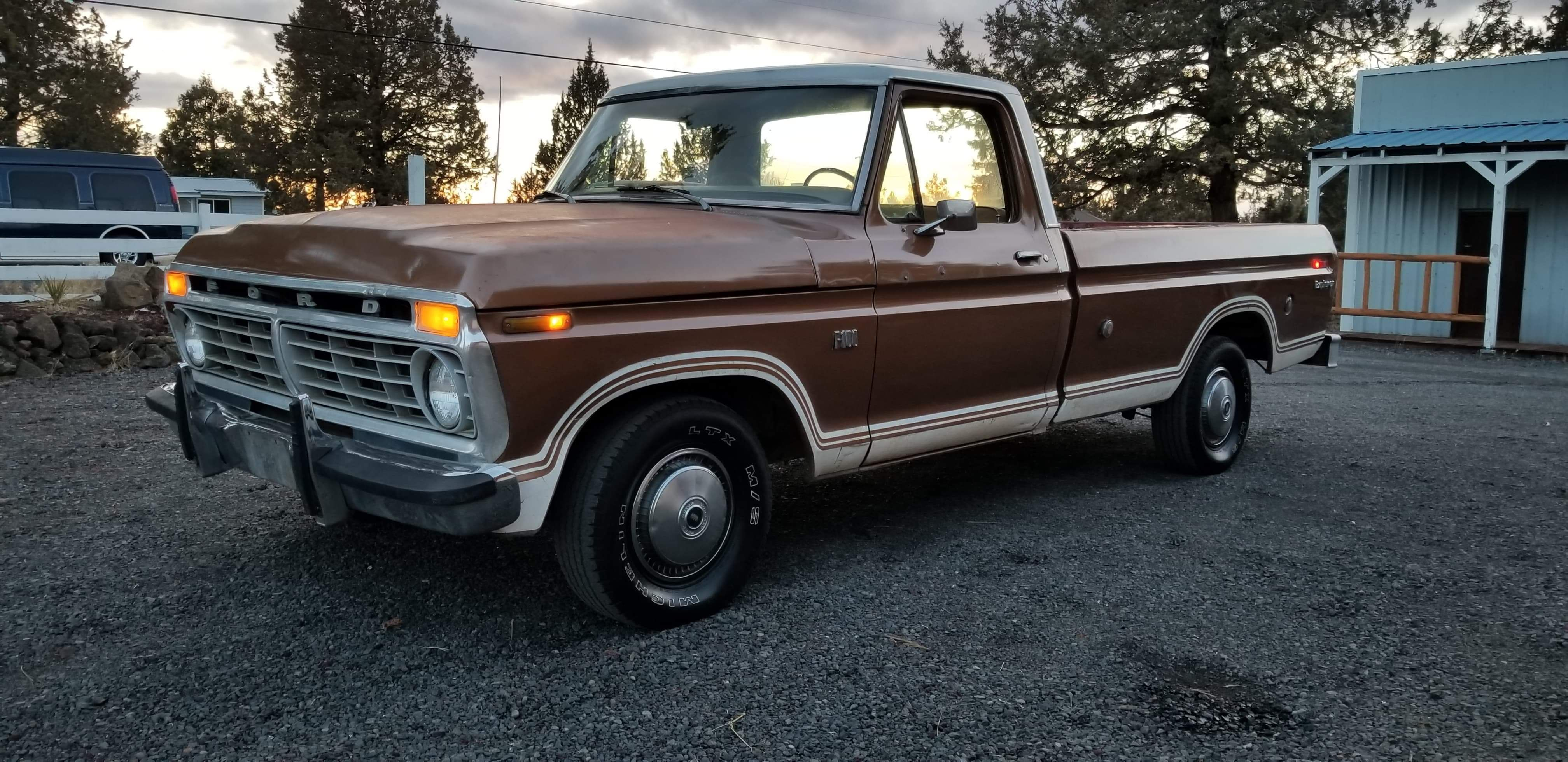 1974 Ford F100 With Massive 460ci V8 Ford Window Cranks Ford Trucks