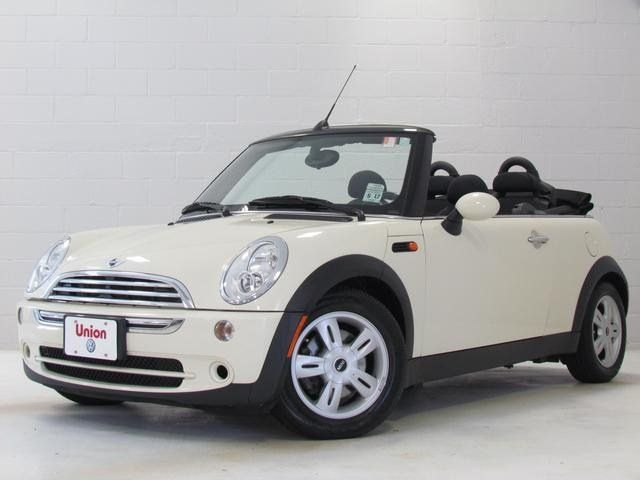Mini Cooper Convertible Used >> Pin By Iseecars On Mini Coopers Clubman Convertibles And