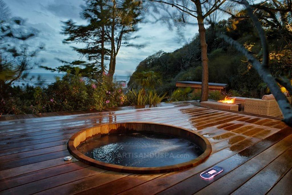 Northern Lights Cedar Tubs