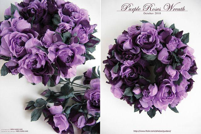 紫色小玫瑰花圈 | 材質/日本內裡布 尺寸/長20CM*寬20CM*高8.5CM 工具/五分圓球圓鏝.極細一筋 此作品未… | Flickr