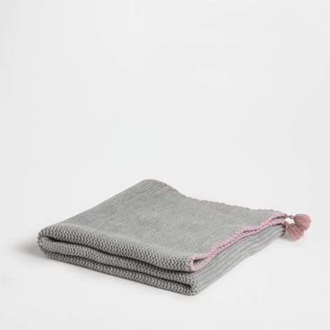 Manta punto gris mantas cama zara home espa a for Zara home mantas