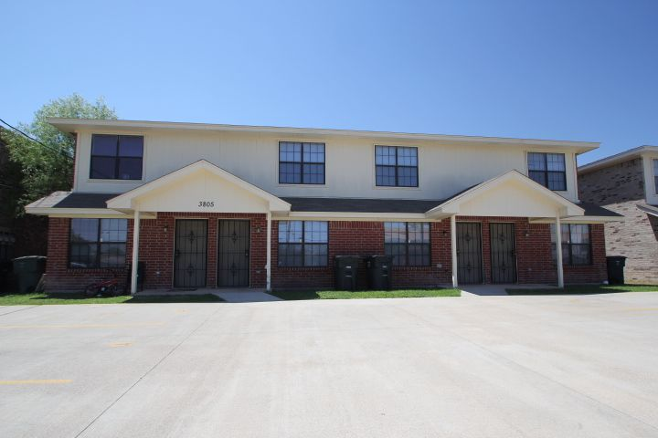 Hunter Rentals Property Management Offers Homes For Rent In Killeen Tx The Company Provides An E Rental Property Rental Property Management Renting A House
