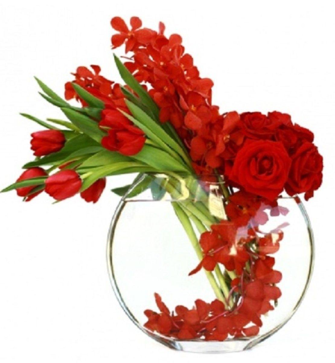 Ideas para regalar el mejor ramo por San Valentn, plantas que dicen te  quiero! Red Flower ArrangementsVase ...