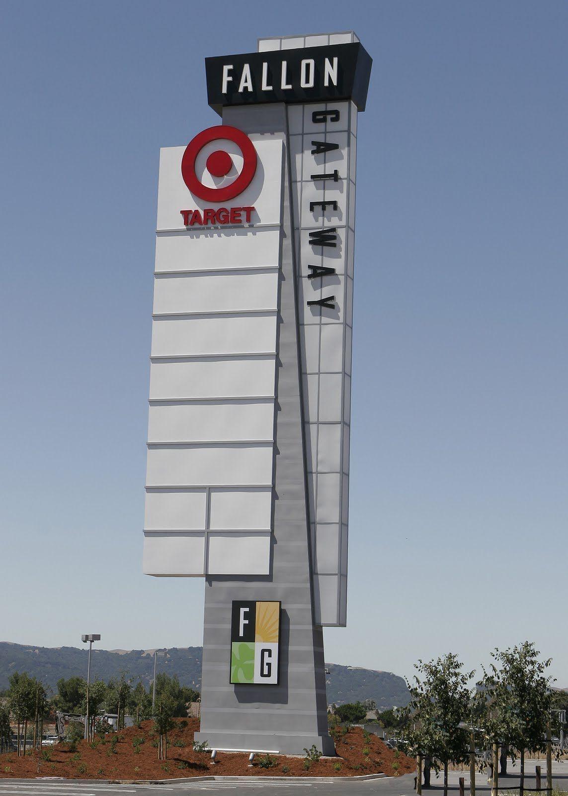 Result Shopping Center Pylon Sign Design Cool