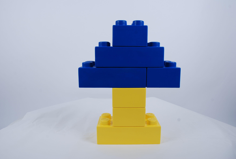 Grote Legostenen in primaire kleuren