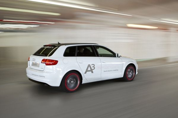 Audi A3 e-tron jdubcreative