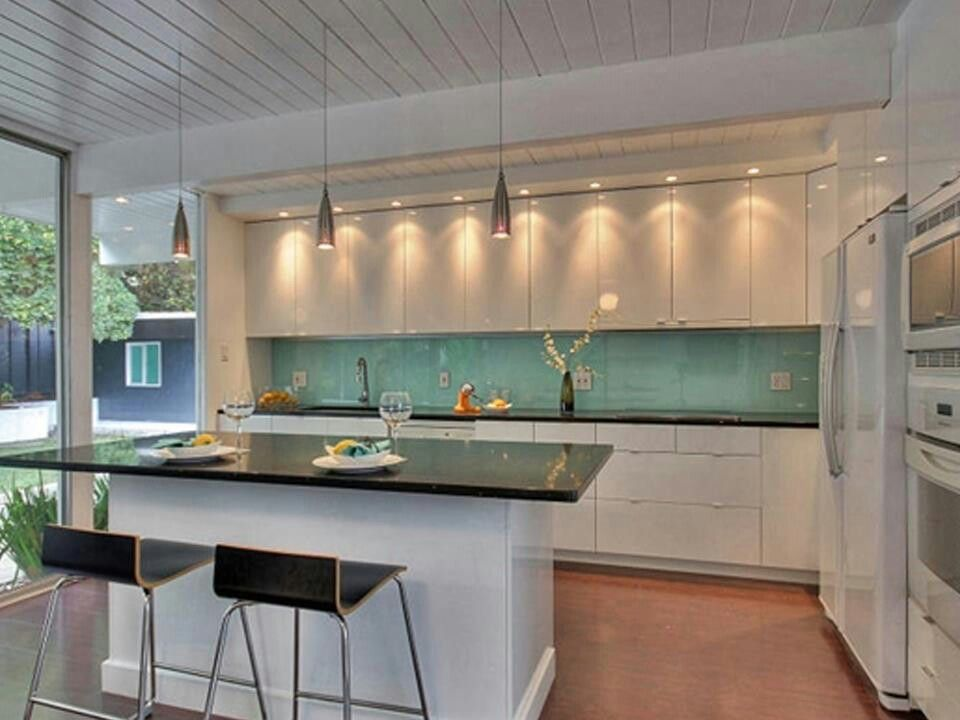 Spacious kitchen Home trends Pinterest Kitchens - küchenspiegel aus holz