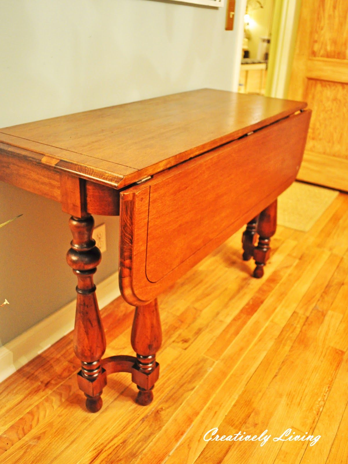 How to Refinish a Table in 1 Hour! (Quick Refinishing