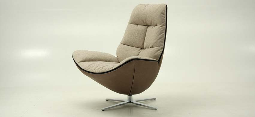 Molinari Fauteuil Leer.Miro Molinari Design Furniture Stoelen Kachels En Modellen
