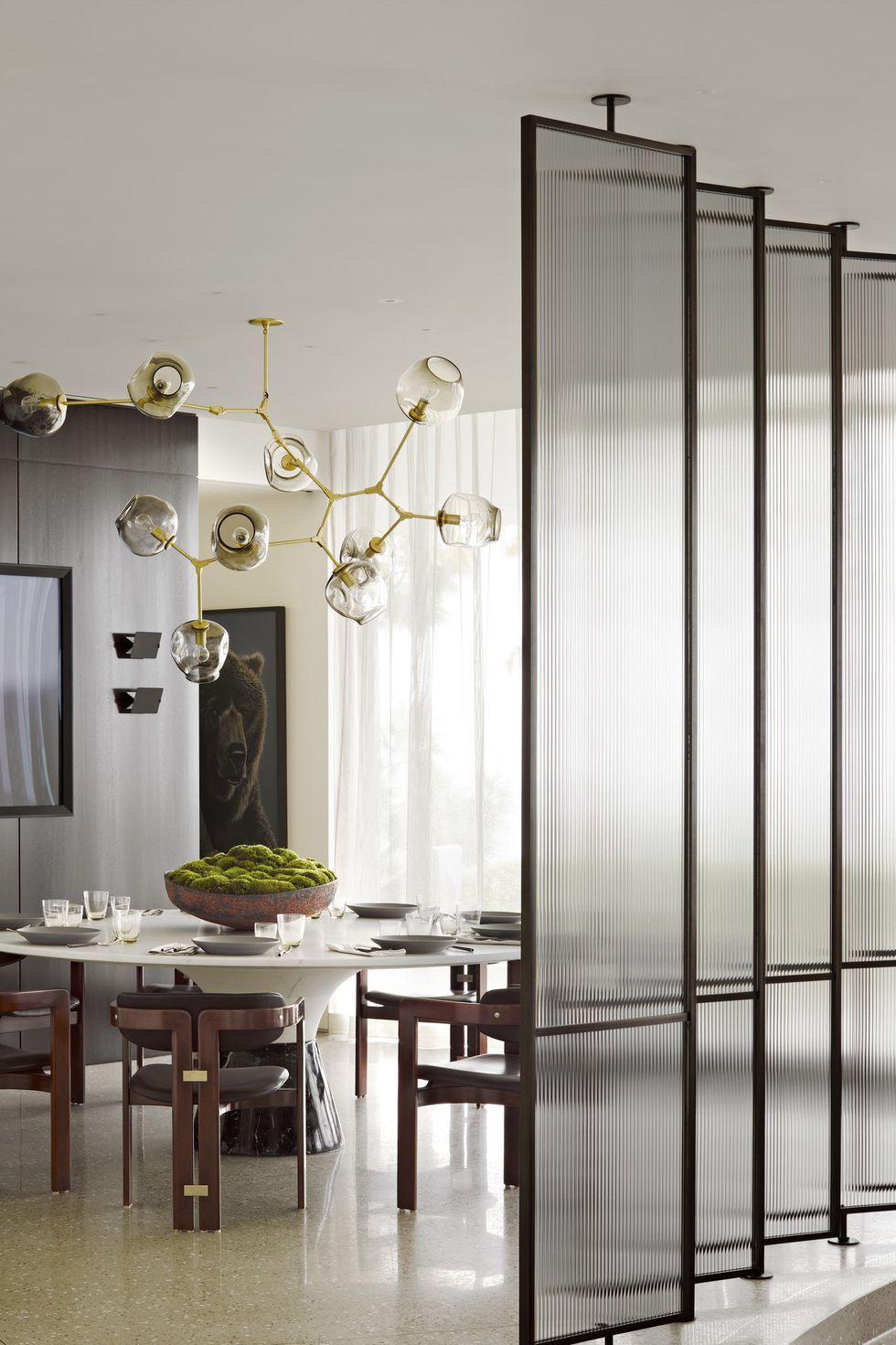 These Room Divider Ideas Will Transform Your Home In An Instant Modern Dining Room Dining Room Design Dining Room Wall Decor