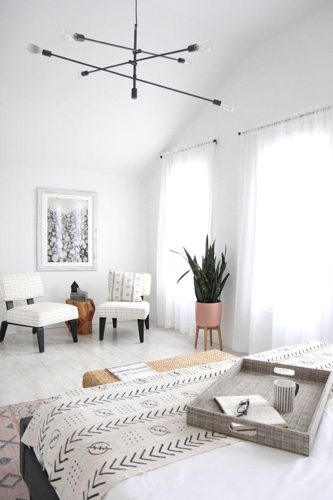 How To Convert Your Room In Bohemian Bedroom With Images Bohemian Style Bedrooms Bohemian Bedroom Decor Home Decor Bedroom