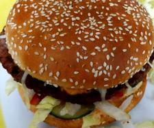 Rezept Cheese-Burger de Luxe mit raffinierter Sauce von Fett-For-Fun-Thermi - Rezept der Kategorie Hauptgerichte mit Fleisch