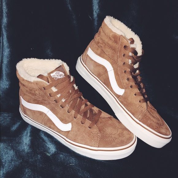 c445c65cee Vans pig suede fleece high tops! No longer sold. Only worn twice!  Absolutely love these shoes just not really my style. Vans discontinued  selling them bc ...
