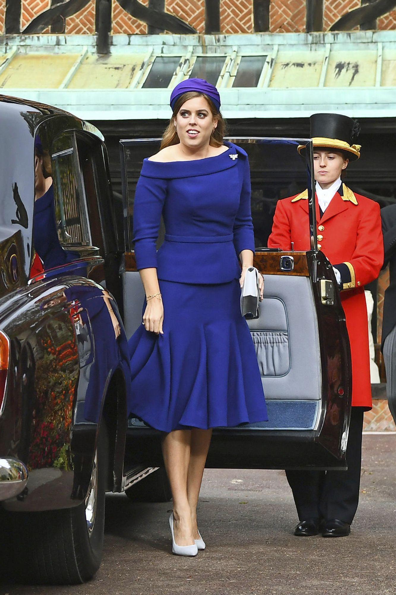 Royal Maid of Honor! See Princess Beatrice Arrive at