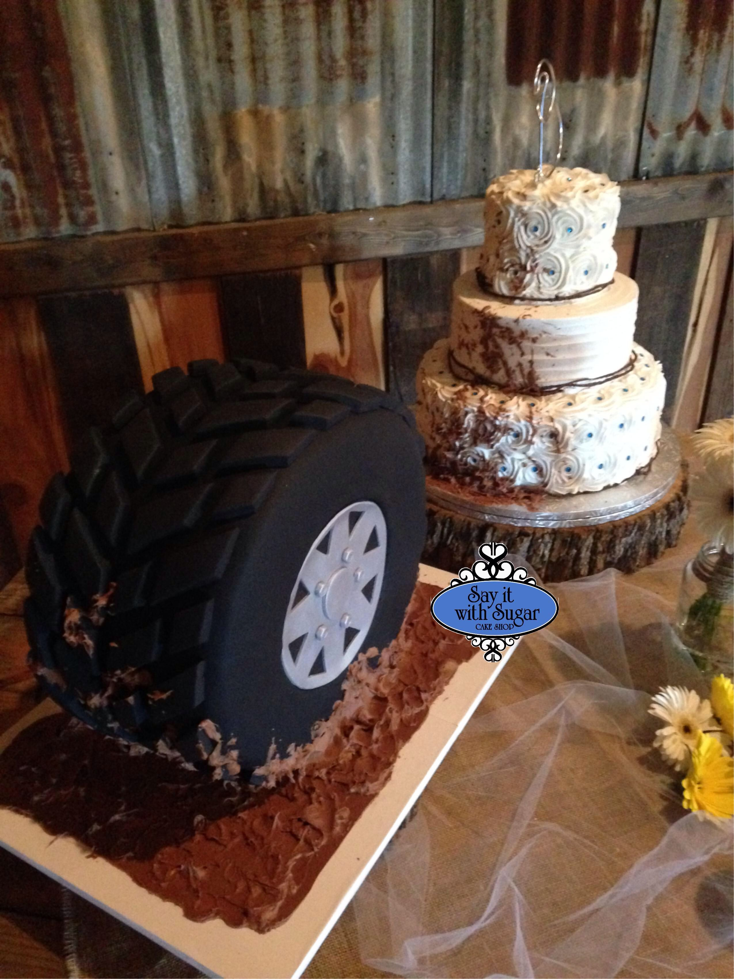 mudding tire grooms cake spinning mud on a brides cake wedding cakes pinterest grooms. Black Bedroom Furniture Sets. Home Design Ideas
