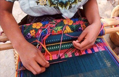 Tejidos de Guatemala - Tejiendo Perú... | Textiles de guatemala, Guatemala,  Trajes tipicos de guatemala