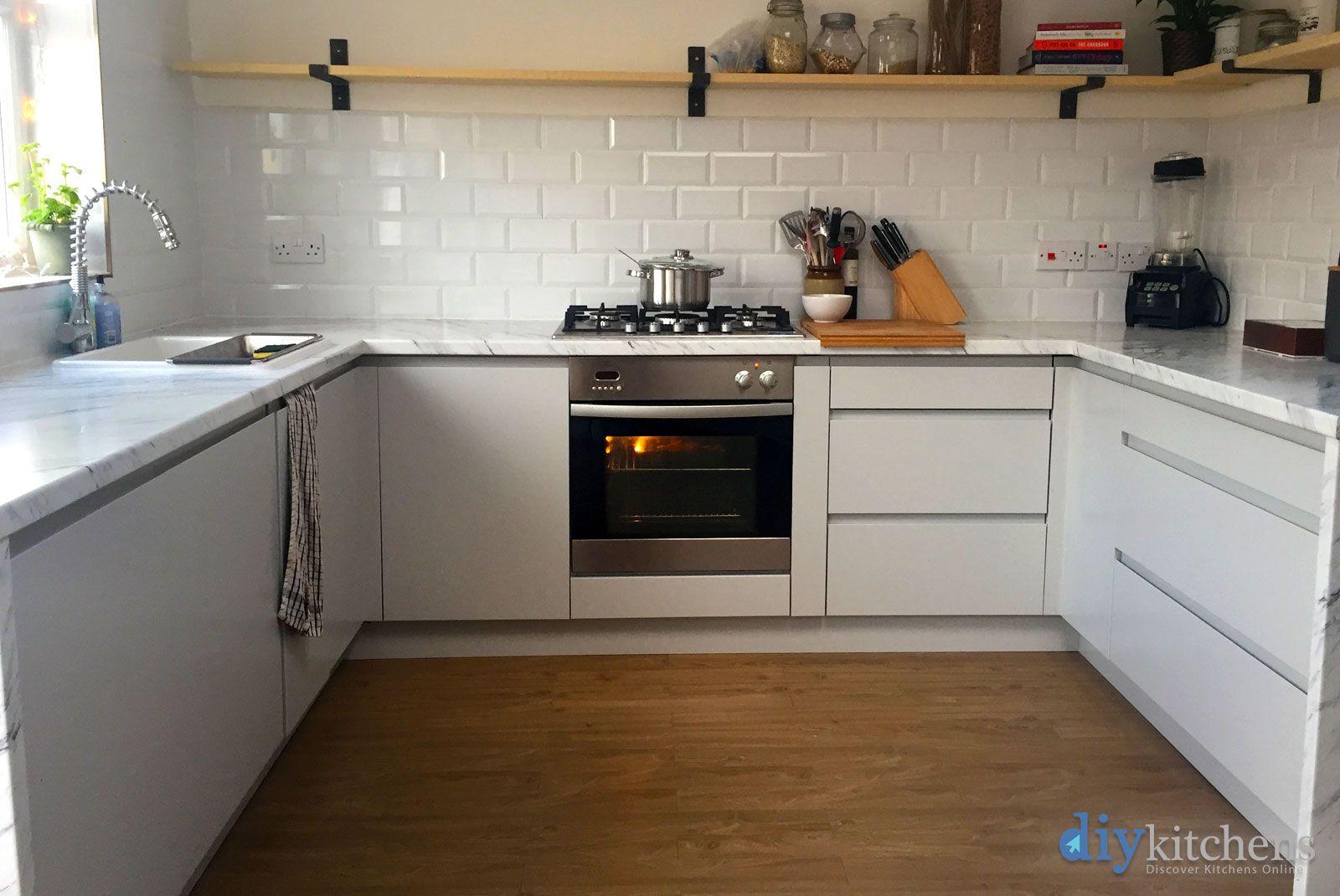 Best An Innova Luca Dove Grey Handleless Kitchen Kitchen 640 x 480