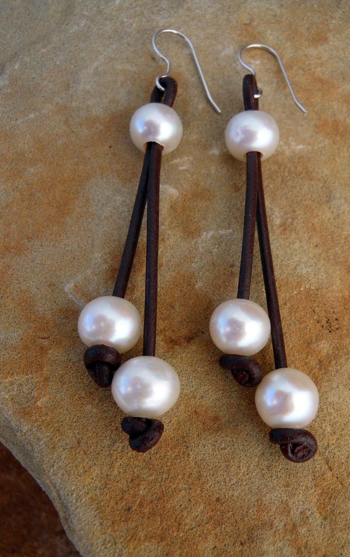 7572819826cb PENDIENTES PIEL Y PERLAS . Leather and Pearl Jewelry