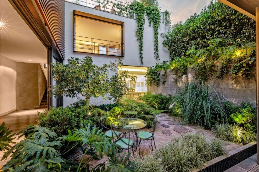 Wonderful House Designed By Lopez Duplan Arquitectos Patio Eco House Design Patio Design