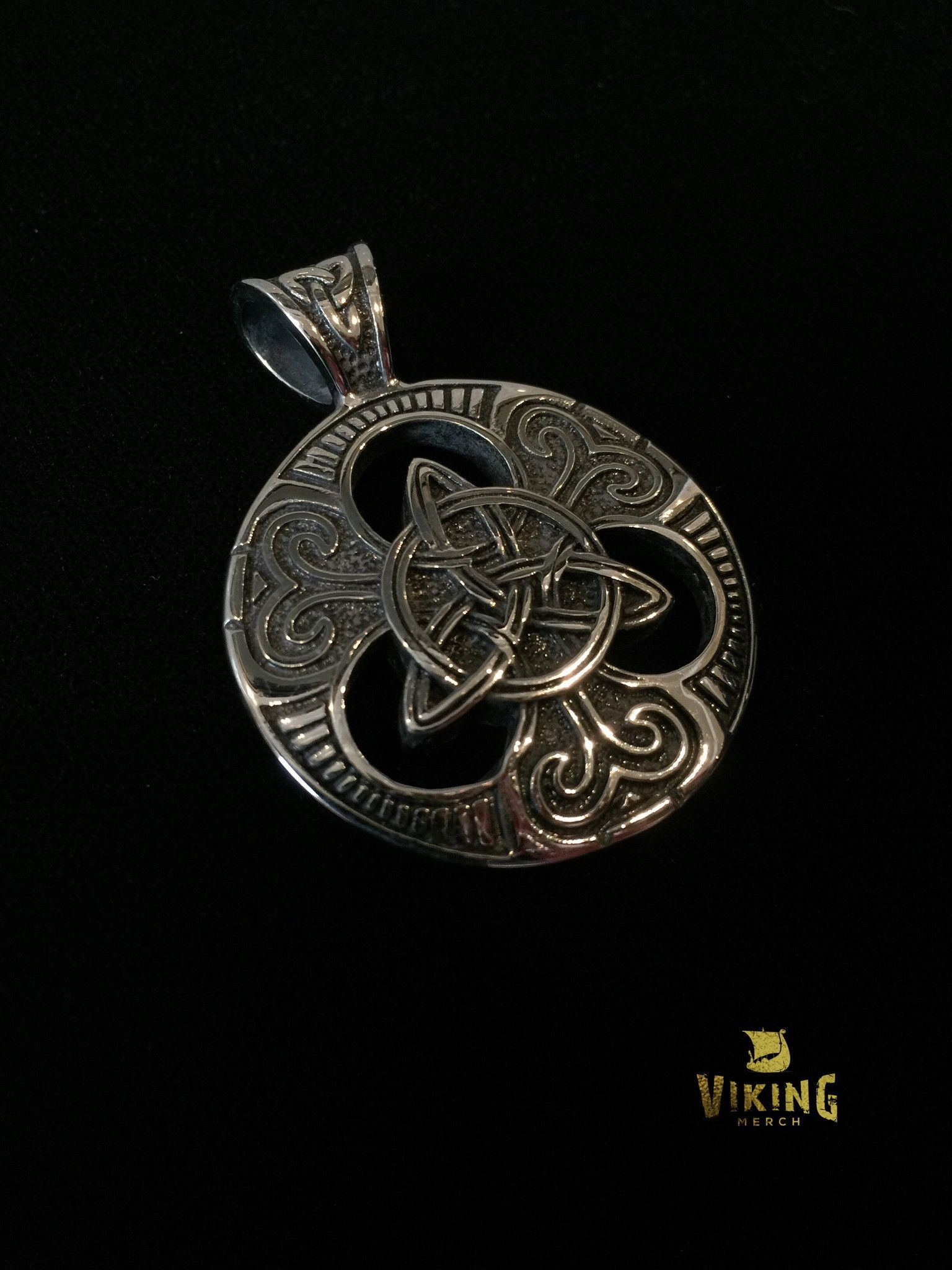 product irish celtic roots silver small warrior au pendant