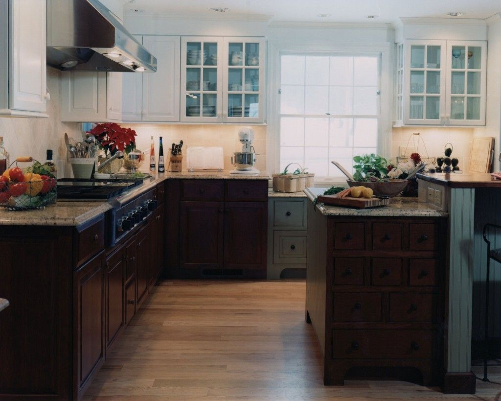 wood lower cabinets, painted uppers | Honey oak cabinets ...