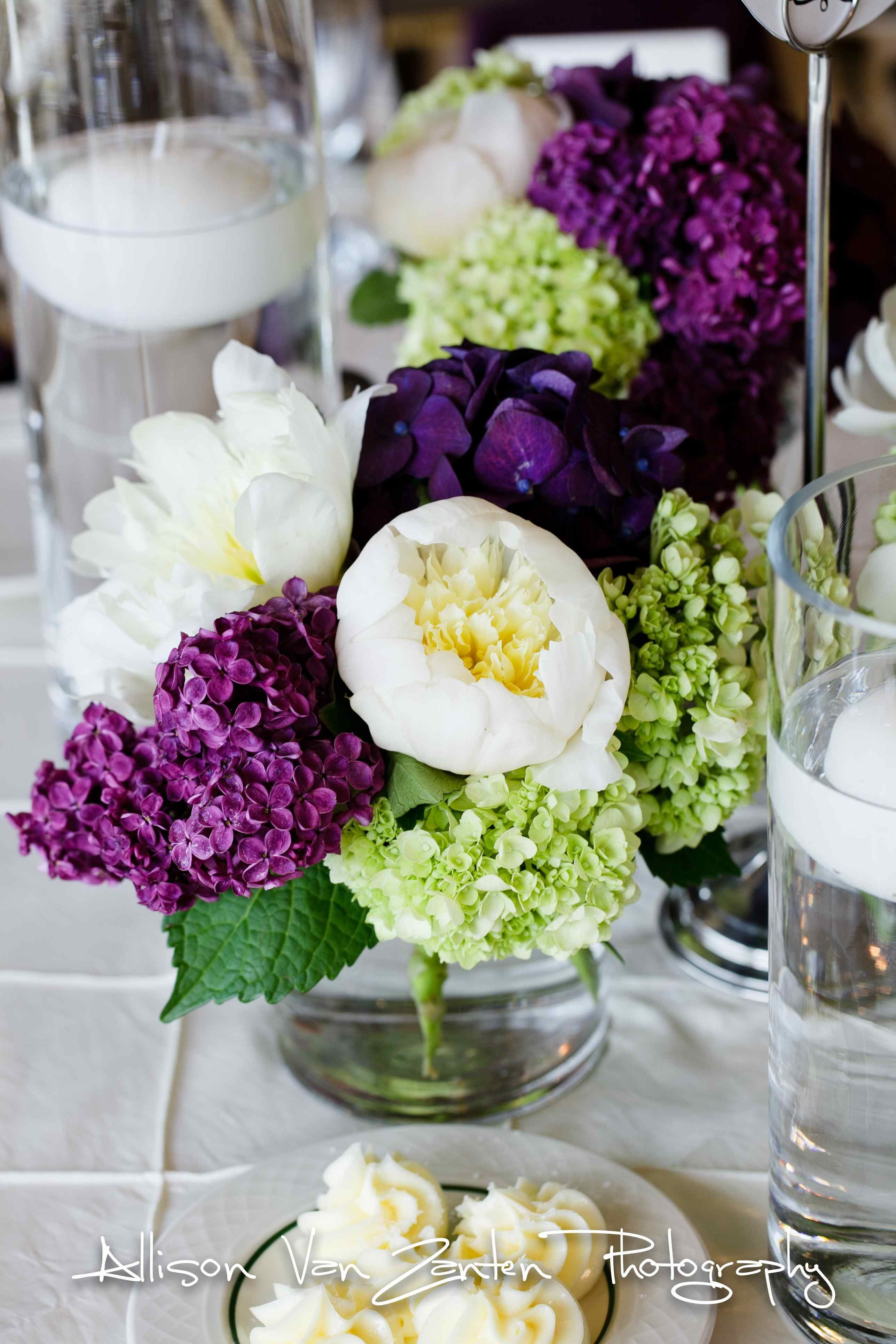 Love this peony and hydrangea arrangement