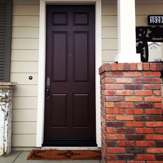Genial Mindy Laven Interiors: Benjamin Moore Front Door: Mink I Love This  Chocolate Brown Paint!
