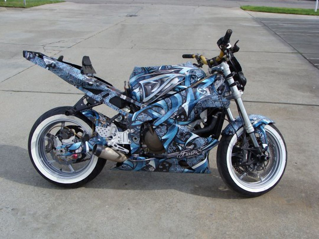 Graffiti Style Total Covering On Motorbike StylesThe BodyMotorcycle